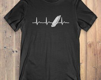 Harmonica T-Shirt Gift: Harmonica Heartbeat Instrument