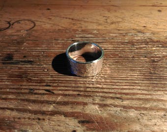 massive heavy silver ring hammered structure