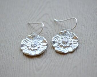 Silver Flower Earrings, Flower Drop Earrings, Silver Flower Earrings, Artisanal Jewelry, Aldari Jewelry Designs