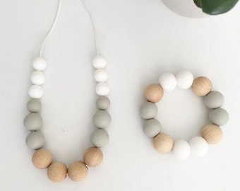 ELLIE Necklace // Teething // Teething Necklace // Nursing Necklace // Silicone Beads // 100% Food Grade Silicone // Modern Jewellery