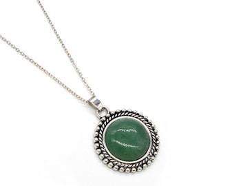 Pendant stone necklace fine Sun shape