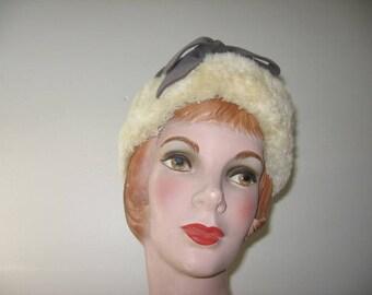 1950's Fur-Trimmed Bonnet Cloche!