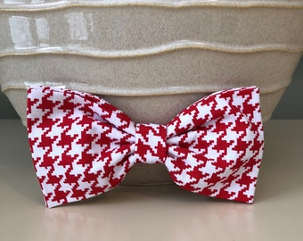 XL Dog Bow - Bow Tie / Red White Houndstooth
