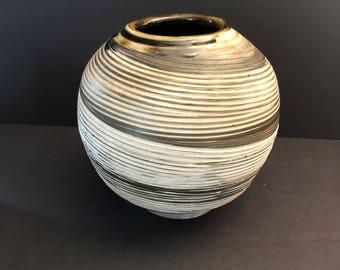 Studio Art Pottery PP / PP Studio Art Pottery / Brown glazed studio art pottery / Art Pottery round vase