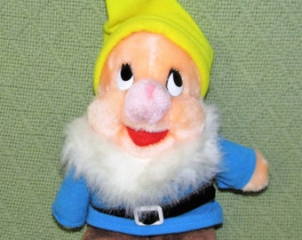 "Vintage Walt DISNEY HAPPY Dwarf 7"" Plush Snow White Stuffed Doll Madein Korea Yellow Hat Blue Jacket Plushie"