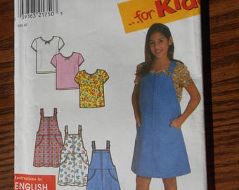 Girls Casual Clothes Pattern: 7-16 Jumper dress and tee-shirt top - uncut patterns, NOS