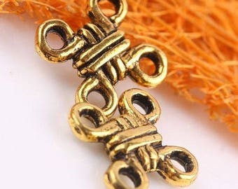 A golden knot connector Chinese lucky steampunk