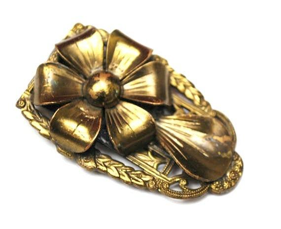 Flower Dress Clip  Vintage fur clip  yellow  gold brass vintage accessory