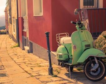 A vintage Vespa - Vespa - Vintage photo - Italy - Art photo - Photography - Style