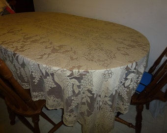 No. 3  Beautiful Vintage Quaker Lace Tablecloth Table Cloth Formal Dining Tablecloth No. 4220