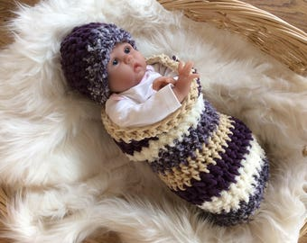 Purple bunting bag and hat