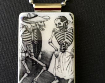 Day of the Dead jewelry, Dia de los Muertos jewelry, Halloween pendant, Day of the Dead necklace, dancing couple pendant, skeleton jewelry