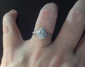 10k White Gold Blue Topaz & Diamond Ring -- Size 7