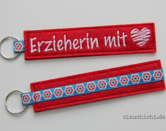 """Key Ring """"educator with Heart"""" red"""