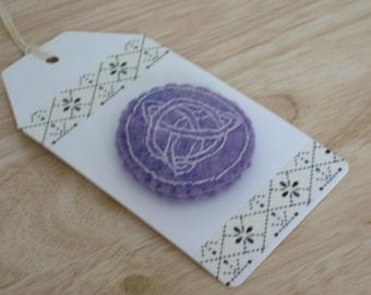 Hand Embroidered Purple Felt brooch - Round  Celtic knot
