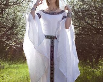 "Medieval Fantasy Wedding Dress ""White Swan"""