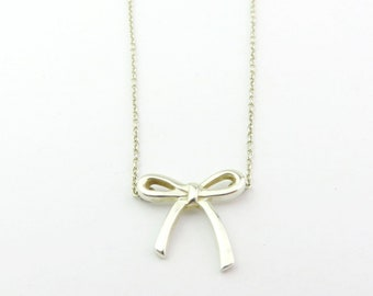 Authentic TIFFANY & CO Sterling Silver Bow Ribbon Pendant Necklace