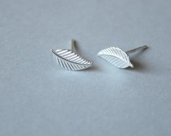 Silver Stud leaf. Sterling Leaf Stud. Simple Stud silver. Gift girlfriend earrings. Stud Sterling Leaf. Gold Stud Leaf. Minimal earrings