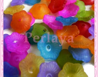 Mix of 50 acrylic REF706 11mm lucite flowers