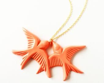 Peach orange vintage plastic swallow love birds gold necklace