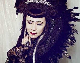 Reduced price,Burlesque crystal lady kokoshnik with matching collar, Set of 2 pieces,  Kragen und Headpiece mit Strassapplikationen