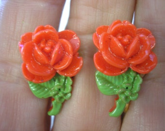 "Tween Clip Earring - Rose - Red - 1"" x 1/2"""