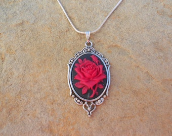 """Stunning Red Rose (on a black background) Cameo Pendant Necklace---.925 plated 22"""" Chain--- Great Quality"""