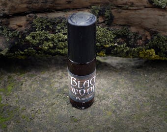 Black wood Perfume - Natural artisan perfume - Handmade Perfume - Roll On Perfume -  Natural Perfume - Fragrances - Spray - Gothic perfume