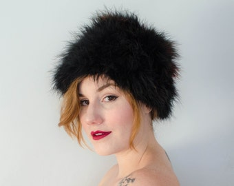 1960s vintage hat / black and red marabou feather hat / feather cloche / Gregory