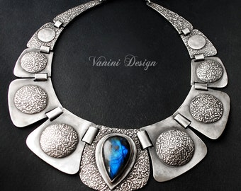 Helen of Troy - Fine silver,Madagascar Labradorite Necklace