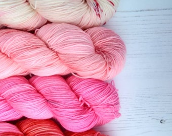 Gradient tonal kit  // A study in Pink//400g Strawberry Fields Yarns
