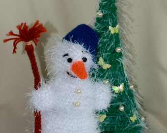 Snowman and a christmas tree - amigurumi crochet plush toys