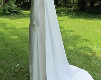 On Sale Vintage 1960s Mod Retro White Wedding Dress Gown w/ detactable train Floral Appliques Lace 55