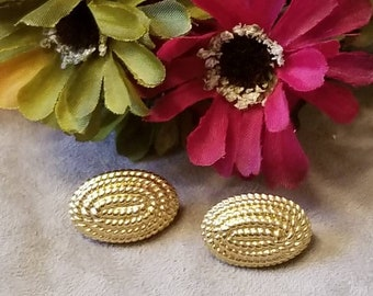 MONET Clip On Earrings, Oval Textured Earrings, Designer Monet, High Quality, Gold Clip On Earrings, Oval Shape, Stamped