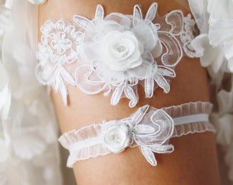 Bridal Garter Wedding Garter Set - Keepsake Garter Toss Garter Included - White Garter Beaded Flower Lace Garter Garters - Vintage Inspired
