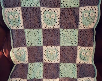 Crochet Granny Square Lapghan