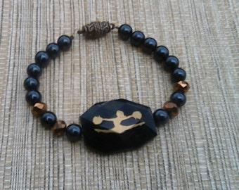 Black and Gold Cheerleader Beaded Bracelet