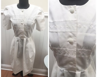 Vintage 1970s White Embroidered Maid/Housekeeper's Uniform/Dress - 4