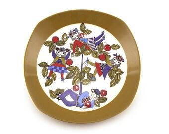 1960s Figgjo Flint large plate by Turi Design,  Corsica pattern Range, Made in Norway, handpainted silkscreen. Retro homeware, scandinavian