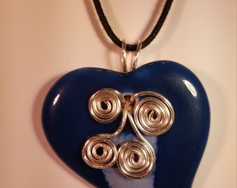 Ceramic, wire wrapiped navy and white heart pendant