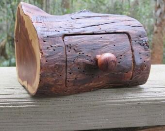 Natural Cedar Log JewelryBox