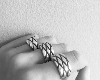 "Ring ""Capitoné"" Collection - Sterling Silver"