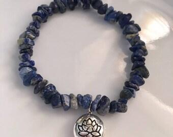 Lapis Lazuli Chip Lotus Bracelet