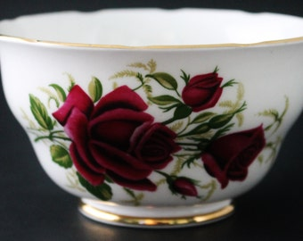 China Sugar Bowl by Colclough Ridgway Potteries, Pattern 7981 Red Roses Gold Trim