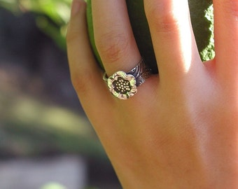 Pretty Flower Ring On Band With Koi-like Japanese Design Motif Sterling Silver Sizes 5 Through 8 OOAK Artist Made