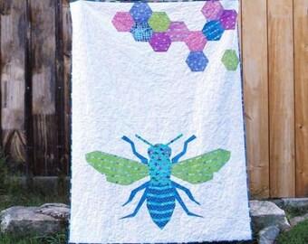 """SALE Queen Bee Quilt 60"""" x 80"""""""