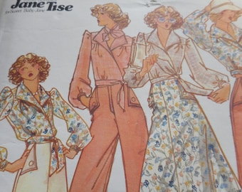 Vintage 1970's Butterick 4099 YOUNG DESIGNER Jane Tise of Sweet Baby Jane Blouse, Skirt and Pants Sewing Pattern Size 12 Bust 34