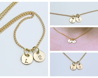 Initial circle pendant necklce - Dainty Initial Necklace - collar bone length