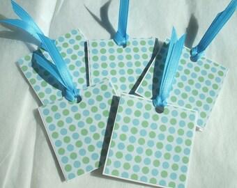5 small Polka dot tags with ribbon