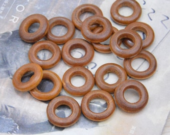 50 Mini wood Rings, round wooden rings, wood circle, Wood ring connectors, wood jump ring, wood jumpring link, coffee wood ring 20mm